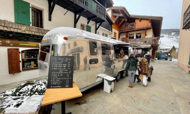 Megève. Emmanuel Renaut installe un food truck devant son « Flocons Village »